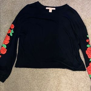 Cropped Rose Long Sleeve